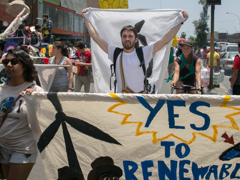 yes_to_renewables_banner_lima_dec2014