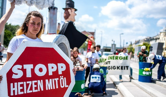Campaigners force Austrian backtrack on heating homes with oil