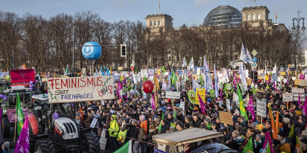 35,000 march in Berlin for sustainable farming
