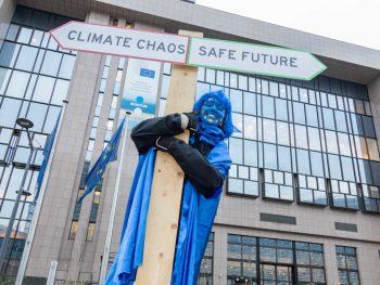 EU at the energy crossroads (credit. FoE Europe / Lode Saidane)