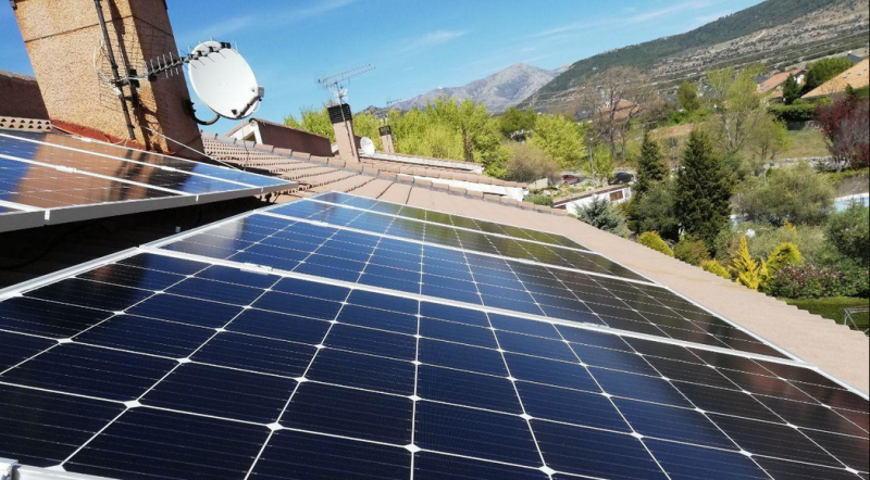 Solar panels by La Corriente