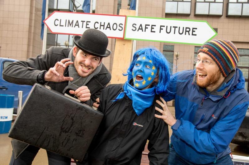 EU hydrogen strategy fails to shut door on fossil fuels